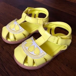 "Gymboree Girls 4 Sandals ""Spring Vacation"" lemon"
